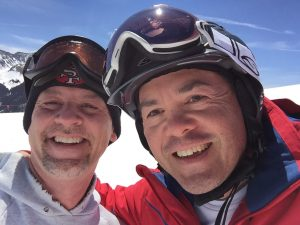 Stefano and Simon skiing